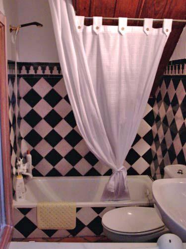 Erdgeschoss: Badezimmer